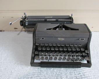 Royal Manual Typewriter, Repair or Parts Typewriter