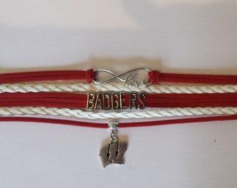 University of Wisconsin Badgers Bracelet, Wisconsin Bracelet, Infinity bracelet, Boho Wrap bracelet, Wisconsin Wrap Bracelet, with Charm