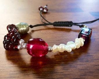 Garnets and pearls bracelet