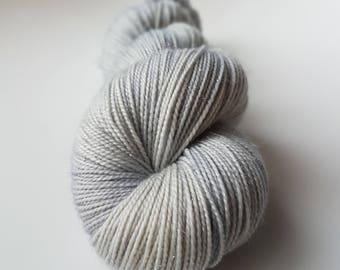 Skein of Superwash Merino - Nylon - Stellina / Fingering / Sock hand - dyed colors Judy