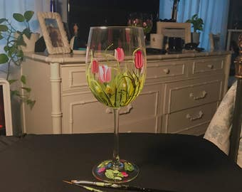 Tulips hand painted wine glass free shipping
