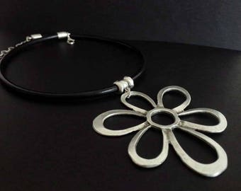 Boho Necklace | Silver Plated Necklace | Collar | Ethnic Necklace | Tribal Necklace | Black Leather Necklace | Large Flower Pendant Necklace