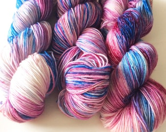 Looking For Nargles - Hand Dyed Yarn - Speckled Yarn - Hand Dyed Sock Yarn - Valentines Yarn - Speckled Sock Yarn