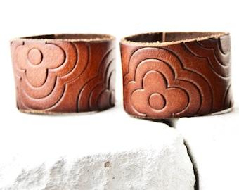 Sale  Leather Jewelry, Leather Cuff, Leather Bracelet, Leather Wristband, Wrist Cuffs