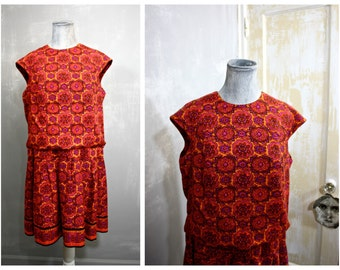 Vintage MOD Plus Size Hot Pink Medallion Print Sleeveless Shift Mini Dress Tunic Womens Med Large 34 Waist