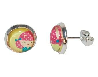 Child earrings bullet cabochon round hina * girl kokeshi *.