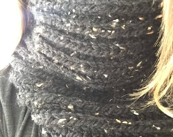 Basic Knitted Cowl, Knit Scarf, Knitted Scarf, Knit Cowl, Winter Cowl, Winter Scarf