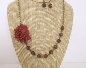 Burgundy Bridesmaid Jewelry Set Maroon Jewelry Burgundy Beaded Flower Necklace Burgundy Wedding Jewelry Rustic Wedding