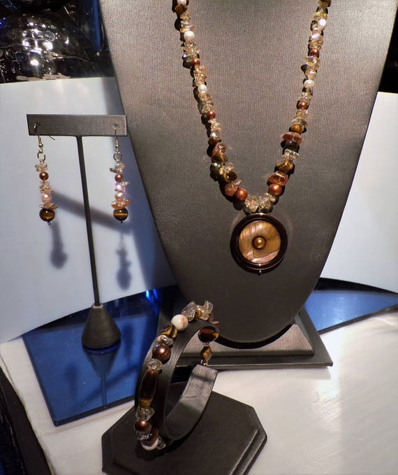 Autumn Shades in Jewelry