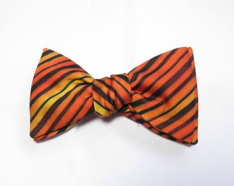Bow Tie / Made From Vintage Japanese Silk Kimono Fabric / Self Tie