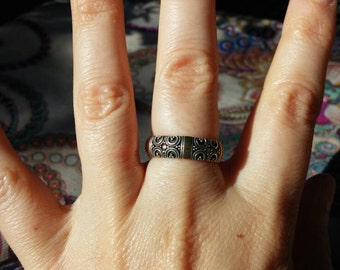 Two Toned Sterling Ring Size 6.5