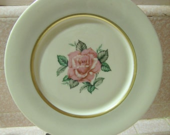 Four (4) Vintage Society Fine China Sweetheart Rose Dinner Plates