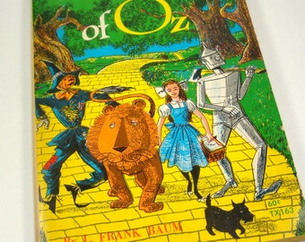The Wizard Of Oz, L. Frank Baum, 10th Printing, 1969, Black and White Illustrations, Dorothy, Toto, Lion, Vintage Paperback Book (621-15)