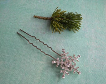 CRYSTAL ~ Bridal Silver with Crystal Rhinestones Snowflake Hair Pin