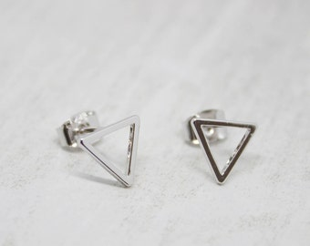 Earrings Silver plated triangle shiny 10 mm earrings