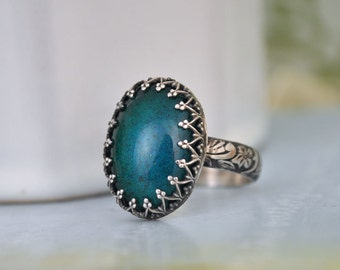 STERLING MOOD RING hand made floral band oxidized sterling silver ring with 70s vintage color changing mood stone glass cab
