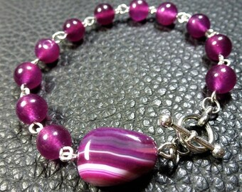 Adorable Purple Fuchsia Tones Agate & Plated Silver Bracelet