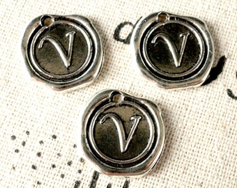 Alphabet letter V wax seal charm silver vintage style jewellery supplies