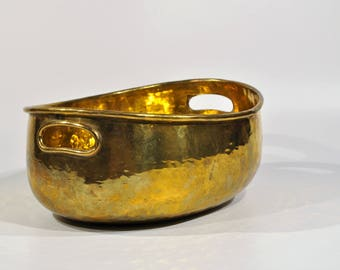 Hammered brass bowl/ Decorative Bowl/Catchall Bowl/farmhouse brass Bowl/Fruit bowl / catchall brass bowl /flower bowl vintage brass bowl