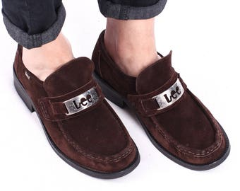 Us mens 8.5 Vintage Suede LOAFERS 90s Mens Slip On Brown Leather LEE Buckle Flats Chunky Heel Penny Loafers Shoes Retro Size  Eur 42 , Uk 8