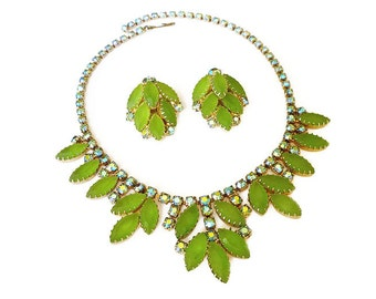Juliana Style Green Rhinestone Necklace Earrings -  Aurora Borealis, Peridot Rhinestones, Vintage Necklace, Vintage Earrings, Prom Jewelry