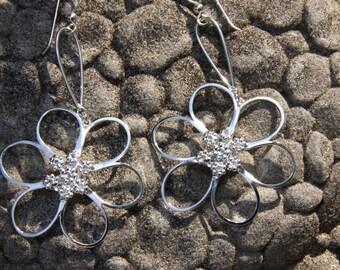 Flower Earrings - Dangling Sterling Silver -  HIPPIE DAYS