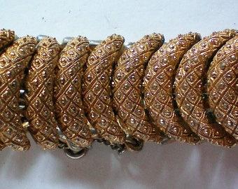 Vintage Monet Gold tone Link Bracelet - 5602
