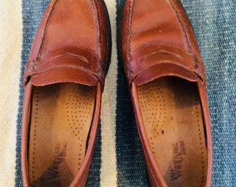 90s Bass Weejun Penny Loafers Size 7