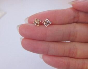 Sterling Silver Celtic knot Stud Earrings, Cartilage Earring, Knot Stud Earrings