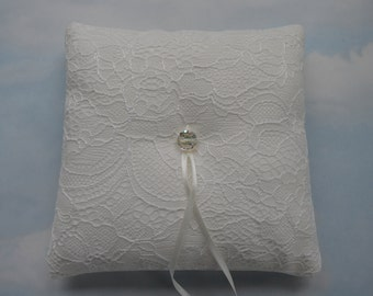 Lace wedding ring cushion. Ivory ring pillow, Ring bearer pillow for weddings.