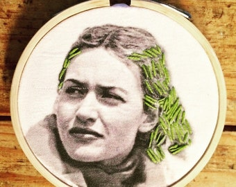 Clementine  - hand embroidery hoop art