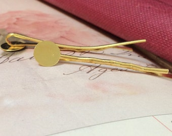 45 mm x 8 mm Golden Plated Bobby Pins With 8 mm Round Pad. (.tm)