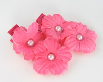 Shocking Pink Flower Hair Clips  - Tiny Silk Flowers - Matching Pair with Pearl Centers - Alligator Clip for Baby Toddler Girls