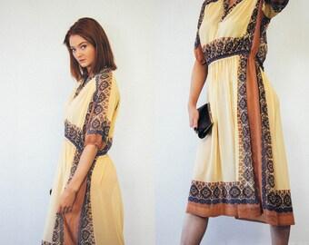 70s Cream Sheer Tunic Dress / Geometric Print Border / Semi Sheer / Mid length / Midi / Size L / Plus Size Vintage / Beachwear