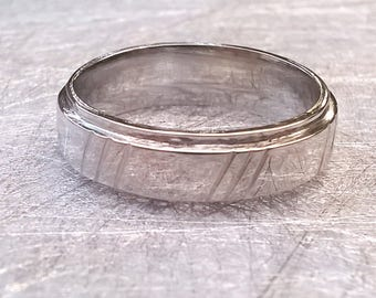 Engagement ring men in silver