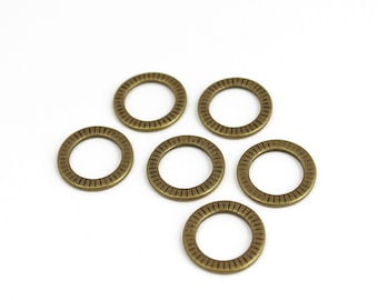 Antique Brass Textured Linking Rings Circle Charms - 10 Pieces