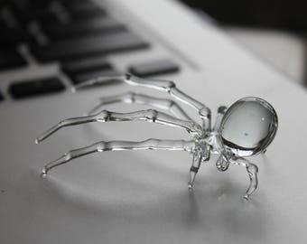 Glass Spider Figurine Blown Glass Spider Clear Spider halloween Clear Glass figurine lifelike glass arachnid spider
