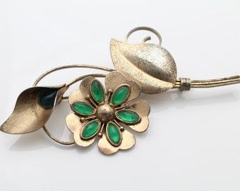 Big Vintage Sterling Silver TRUART Flower Brooch w Emerald Green Glass. [759]