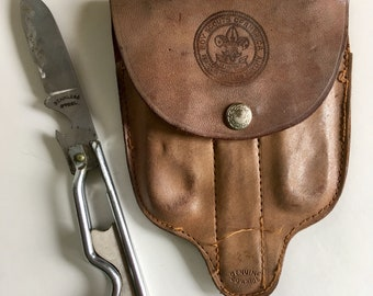 Vintage Boy Scout Leather Pouch...Mess Kit. Knife. Insignia. New York. Belt. Cowhide. Retro. Scouts. Camping. Equipment.