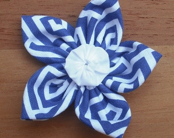 Five Point Fabric Flower - Blue and White Geometric with White Yoyo Center