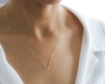 Long V Pendant Necklace - Chevron Necklace - Delicate Gold Necklace - Layering Necklace - Bohemian Necklace - Minimalist Jewelry