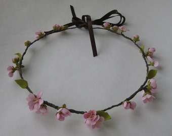 A rim for women is done from фоамирана, handwork the color  pink