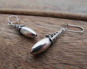 Acorn Earrings - Silver Dangle Earrings - Woodland Earrings - Sterling Silver Earrings - Forest Earrings - Dangle Earrings - Acorn Jewelry