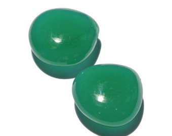 2 Pcs Green Chalcedony Smooth Polished Heart Briolette Size 15x15mm Approx