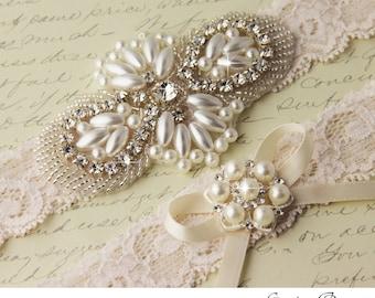 Wedding garter set, Ivory Lace Garter Set, Ivory Bridal Garter, Lace Wedding Garter, Pearl Garter Set