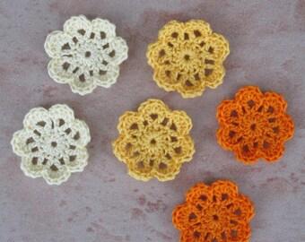 set of 6 small flowers crochet diameter 3 cm