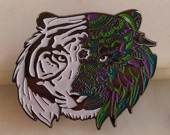 Tantalizing Tiger Hat Pin