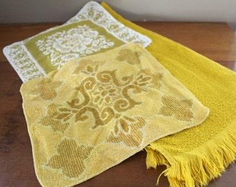 Vintage Towel Set - JC Penney, Fieldcrest Towel Set - One Large Towel & Two Washcloths - Retro Green Yellow Colors