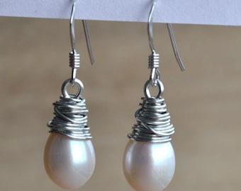 pearl earings.dangle pearl earrings,AAA white pearl earring,1.1'' freshwater pearl earrings,sterling silver earrings