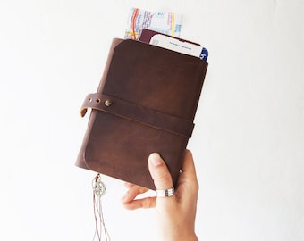 Travel Journal, Leather Journal with pockets, Watercolor skecthbook